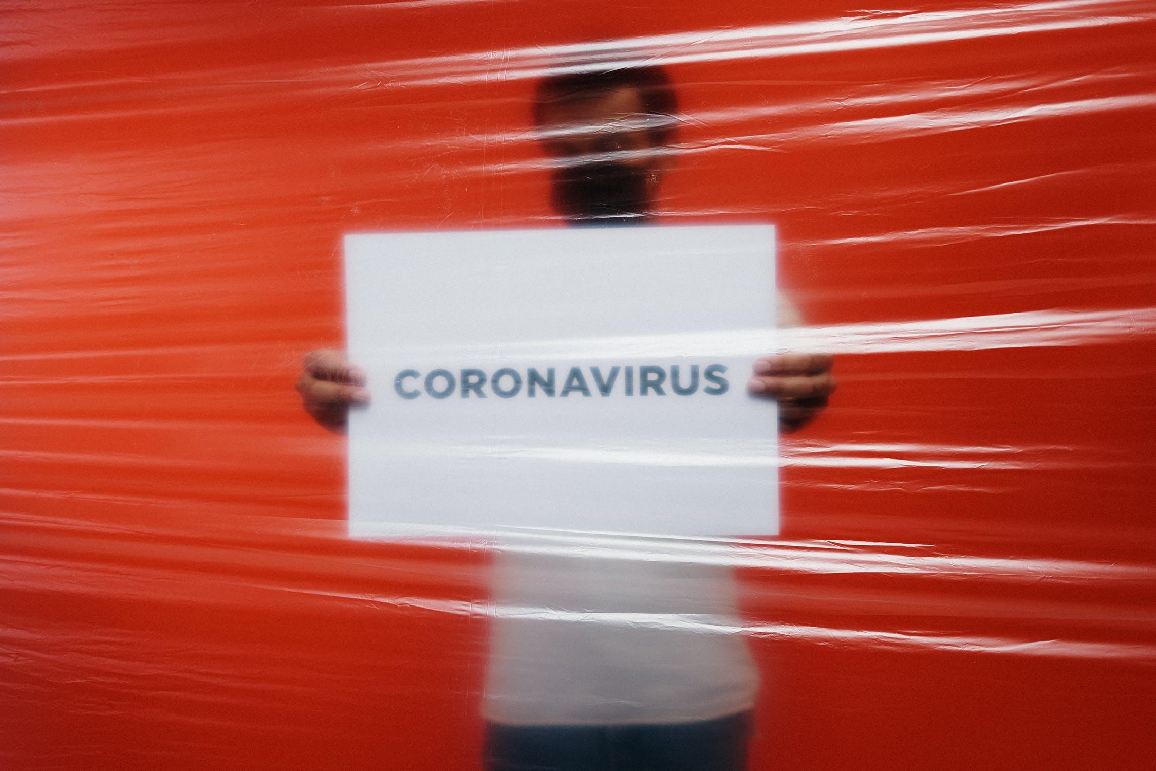 Wie können COVID-19-Tests der Gesellschaft helfen