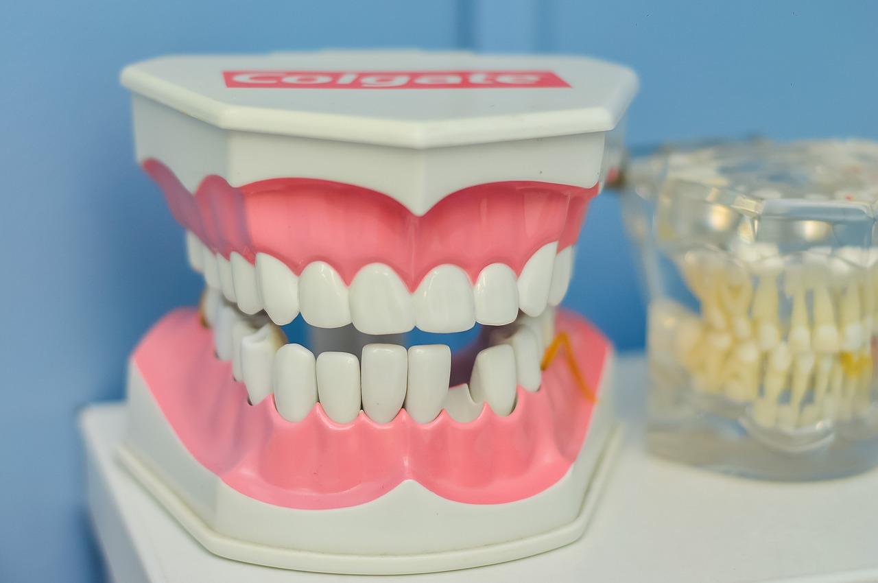 Wie man empfindliche Zähne loswird